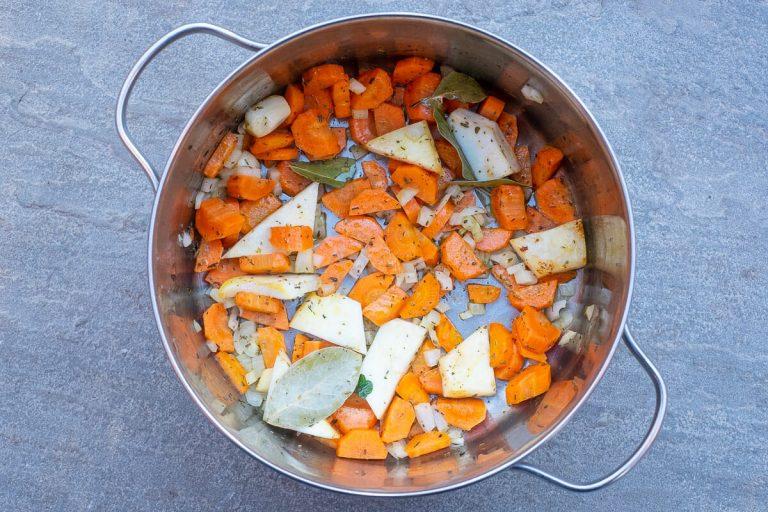 Gemüse für Gemüsefond