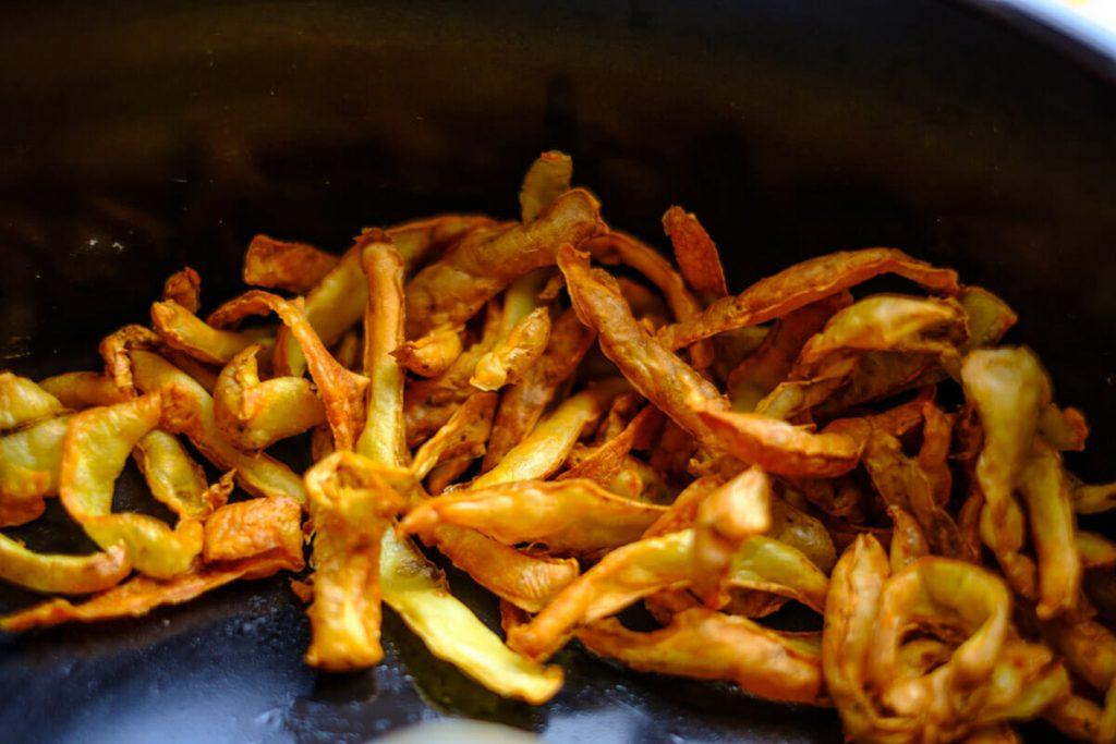 Frittierte Kartoffelschalen